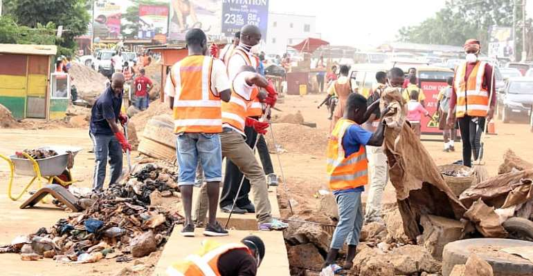 Zoomlion Marks World Evironment Day With Clean-up Exercise
