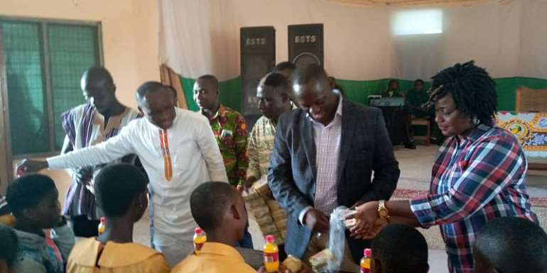 Ellembelle: NDC,NPP Unite To Motivate BECE Candidates