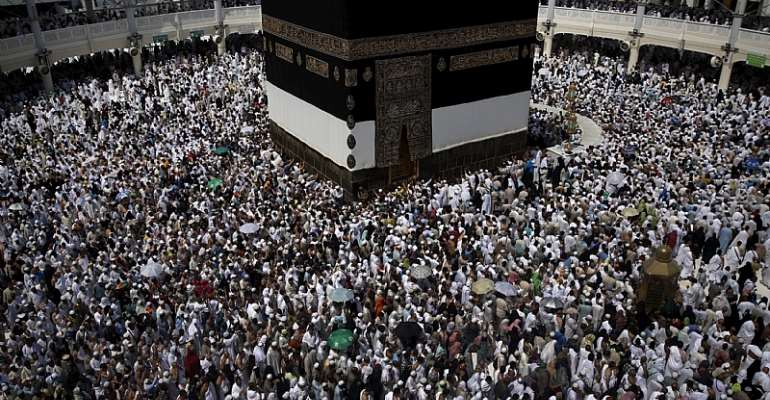 British Senior Doctors issue Health Warning to Hajj Pilgrims Regarding the High Risk of Contracting Deadly Infectious Diseases