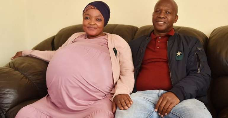 South African woman gives birth to ten babies at once, breaks world record