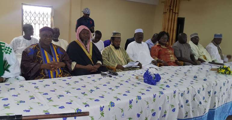 Sheikh I.C. Quaye and other dignitaries on the dais
