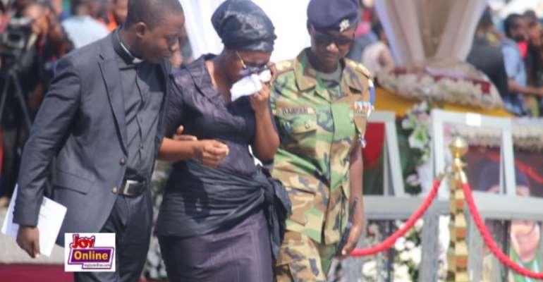 Three wreaths for Mahama, a thousand tears for the nation