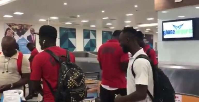 Black Stars Arrives In Ghana After Failing To End The 37-Years Trophy Famine [PHOTOS+VIDEO]