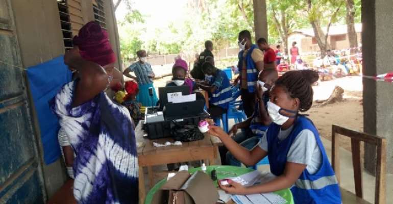Voter Registration: EC Vows To Prosecute Anyone Who Guarantee For More Than 10 People