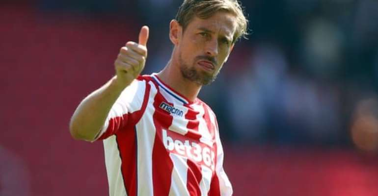 Peter Crouch Retires From Football At The Age Of 38