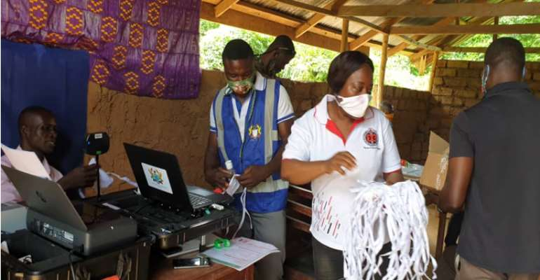 DCE Visits Voter Registration Centres In Tain
