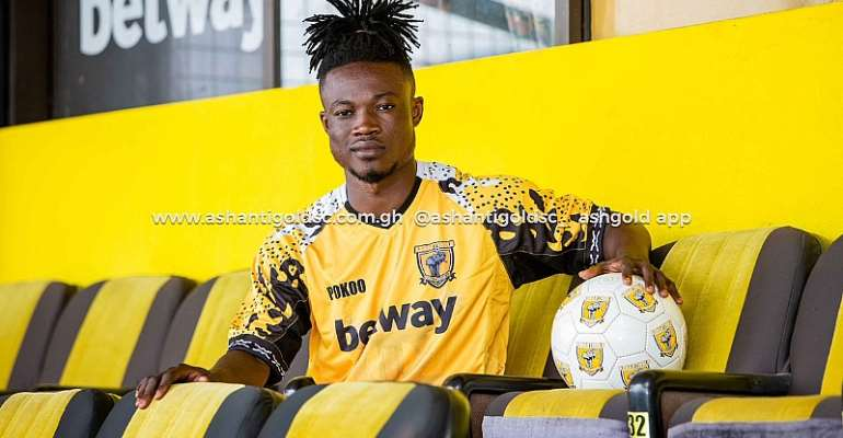 Ashgold Signs Eleven Wonders Defender Kwadwo Amoako