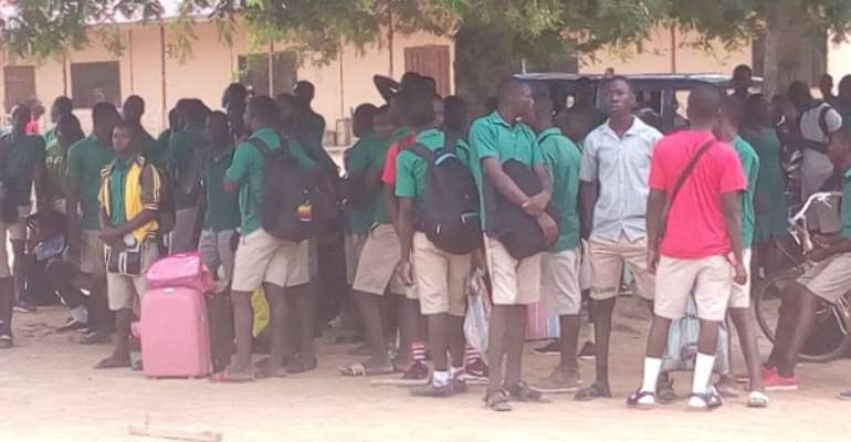 Covid-19 upsurge: Don't allow students to go home for mid-term break – GES to SHS heads