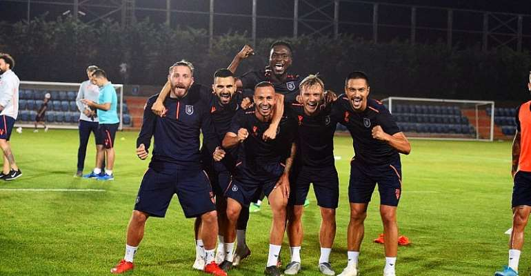 Joseph Attamah Returns To İstanbul Başakşehir After AFCON Assignment With Gana