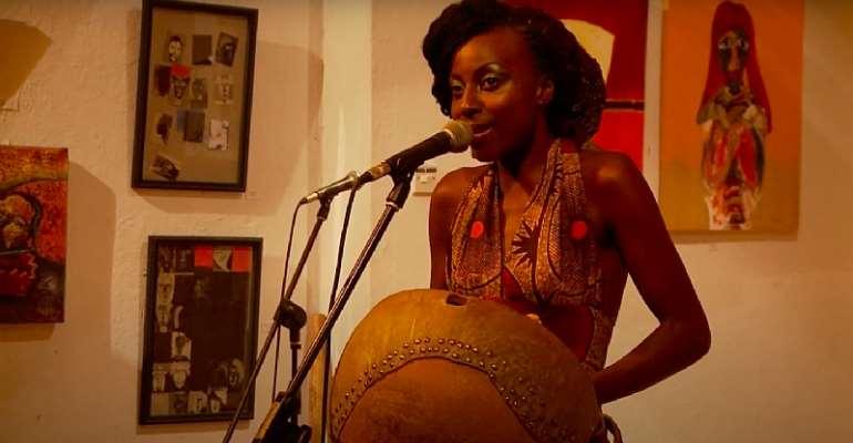 Hope Masike performs at Gallery Delta in the documentary Art for Art's Sake. - Source: Screengrab/Granadilla Films