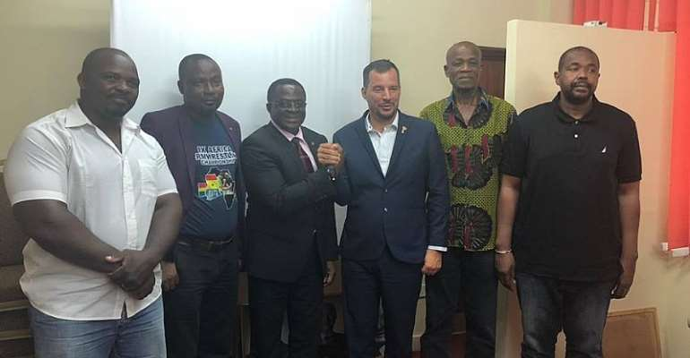 World Armwrestling Secretary General Calls On GOC President Ahead of African Championship