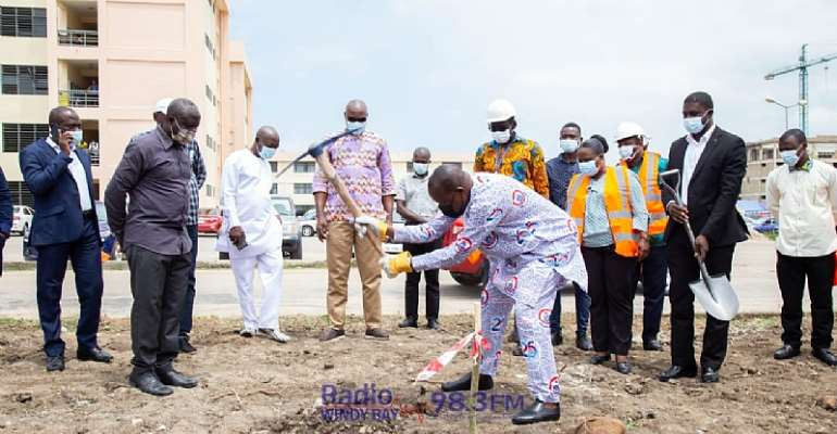 UEW cuts sod for construction of graduate school building