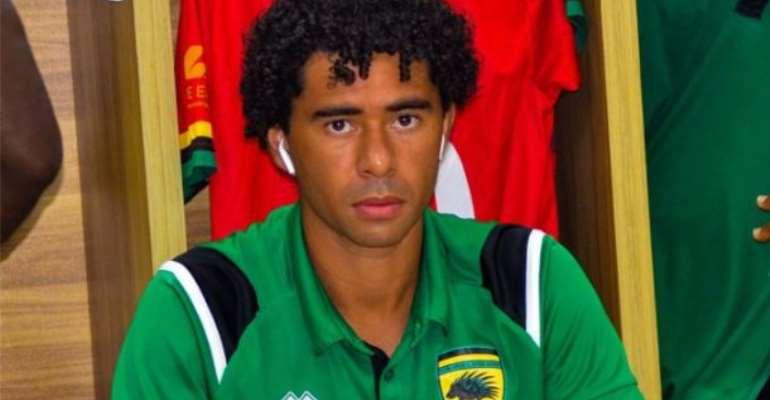Brazilian midfielder Fabio Gama