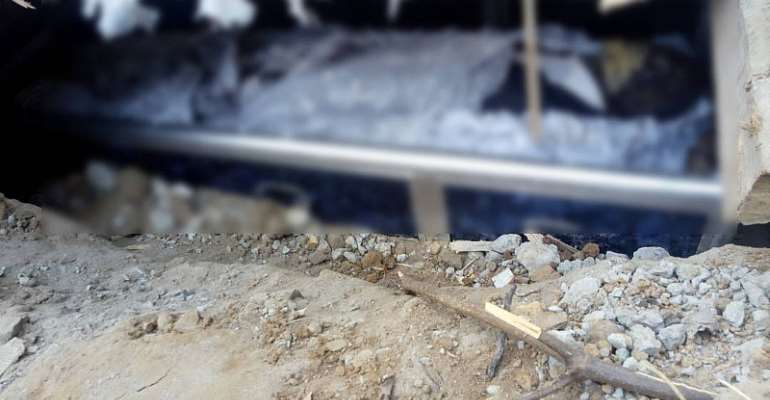 W/R: Elders exhume corpse over land dispute