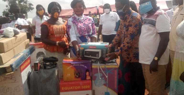 Professor Yankah Cushions Hairdressers And Dressmakers With Set-Up Tools And Equipment