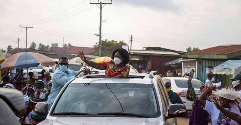 Jane Naana Hits Road