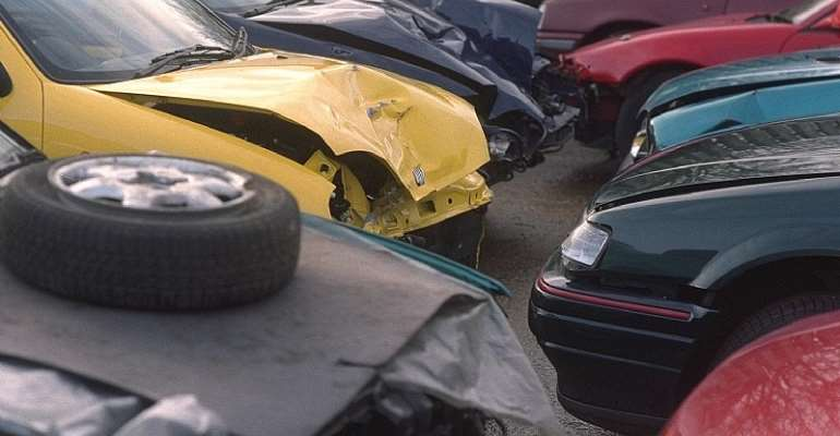 Review Law Banning Importation Of Salvaged Vehicles — Minority