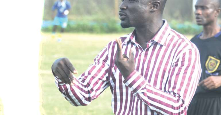 REPORT: Ashanti Gold Appoints Enos Adepa As New Head Coach