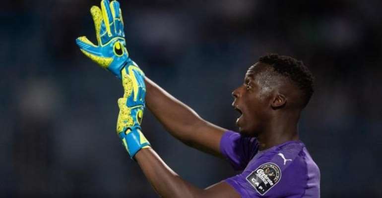 AFCON 2019: Senegal Goalkeeper Mendy Out For A Month With Hand Injury