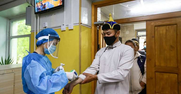 Bubonic plague forces parts of Mongolia into lockdown