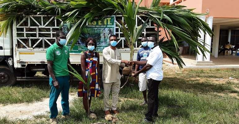 Farmers In Atiwa East Receives 6,500 Coconut Seedlings from Tree Crop Development Authority