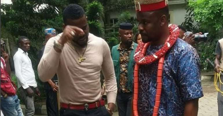 Nollywood Actors, Zubby Michael, Emeka Enyiocha 'Fight' Dirty on Set (photos)