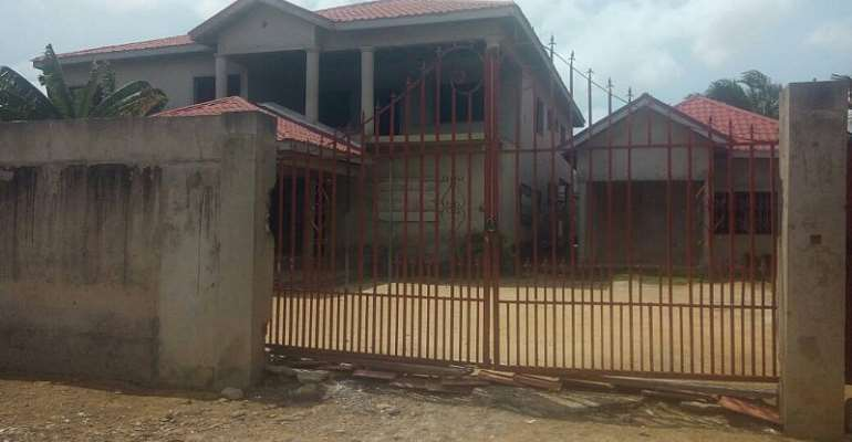 Breaking The Myth About Huge Mansions In Ghana!