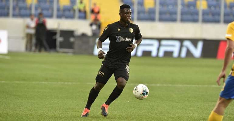 Serie A Clubs In Race To Sign Ghana Midfielder Afriyie Acquah