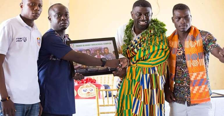 IBF Lightweight Boxing Champ And Manager Honoured