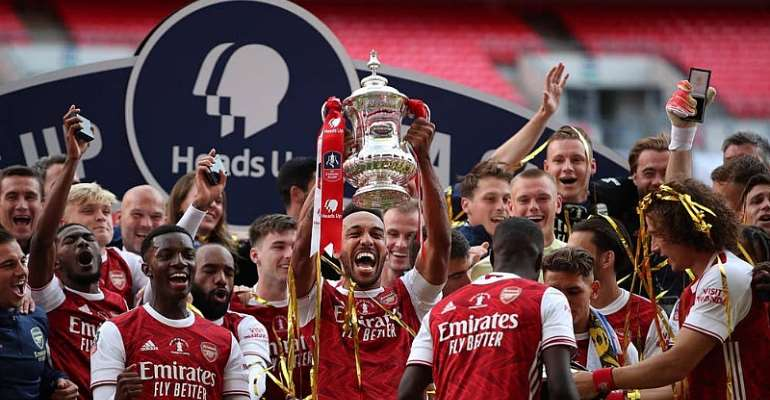 Pierre-Emerick Aubameyang Fires Arsenal To FA Cup Glory Over 10-Man Chelsea