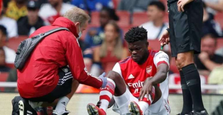 Thomas Partey: Arsenal midfielder suffers injury setback during defeat to Chelsea