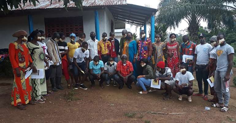 Participants with NACUL staff at the training in Klay