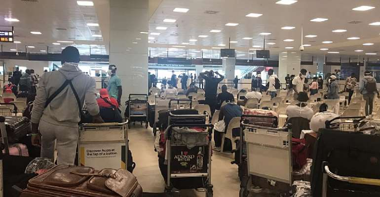 125 Stranded Ghanaian Students In Russia Land In Ghana