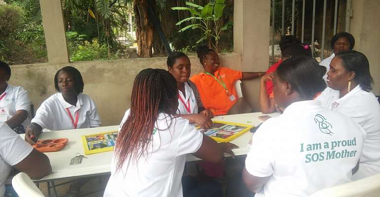 Ksi - SOS Mothers Ghana and Togo receive training in best care practices