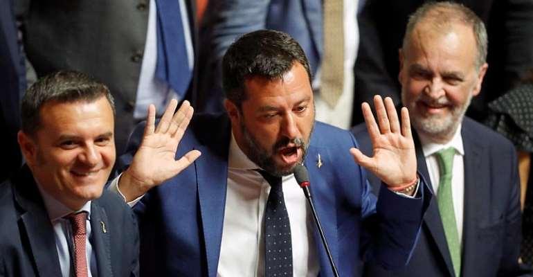 Reuters/Remo Casilli