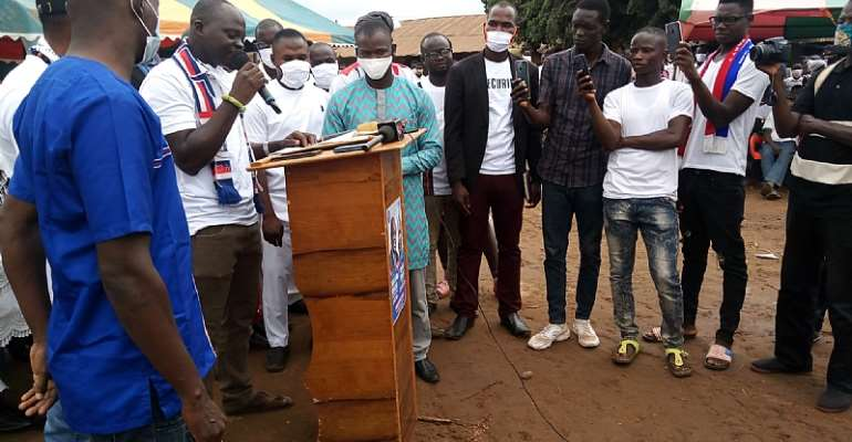 Wulensi: NPP Youth Wing Resist Removal Of DCE After Disgruntled Youth Petitioned Akufo-Addo