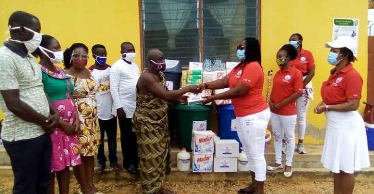 Elite Ladies Club Donates PPEs To Gomoa Aboso CHIPS Compound