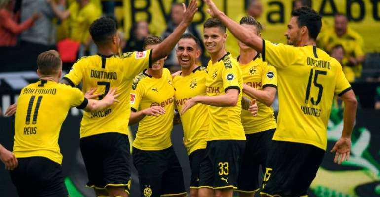 Dortmund Crush Augsburg To Set Title Marker In Season Opener