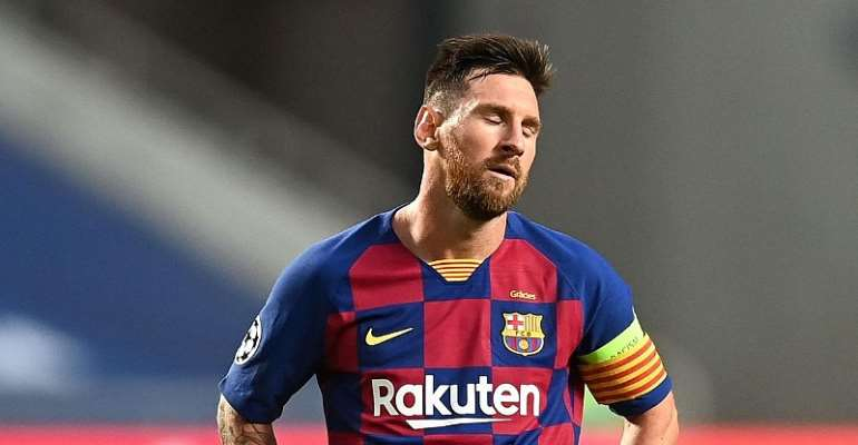 Lionel Messi of FC Barcelona looks dejected during the UEFA Champions League Quarter Final match between Barcelona and Bayern Munich at Estadio do Sport Lisboa e Benfica on August 14, 2020 in Lisbon, Portugal.  Image credit: Getty Images