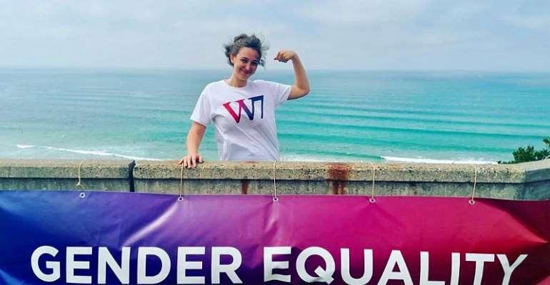 G7: Feminists challenge Macron to advance equality
