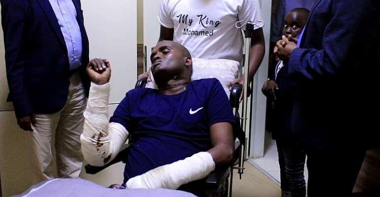 Injured Journalist Mohamed Araye Receives Medical Assistance