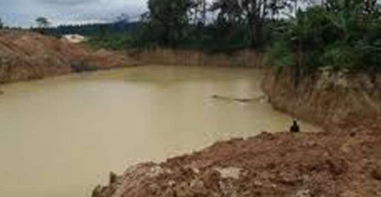 W/R: 7 Trapped In Galamsey Pit