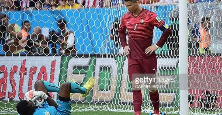 Fatau Dauda with Ronaldo