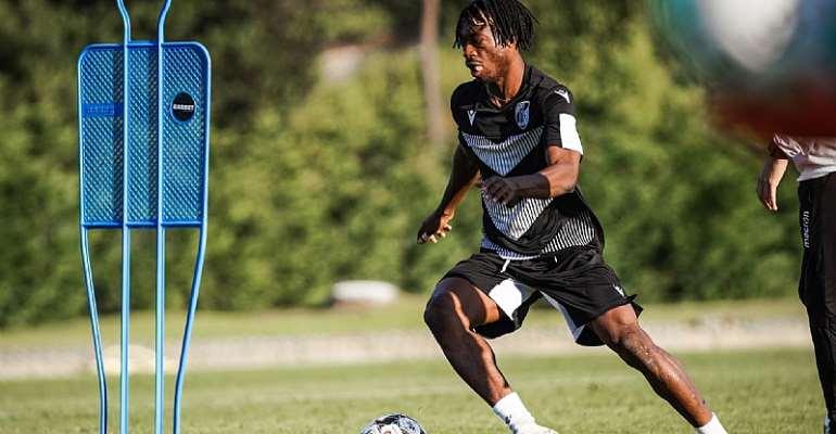 Defender Gideon Mensah Starts Training At Vitória Guimarães
