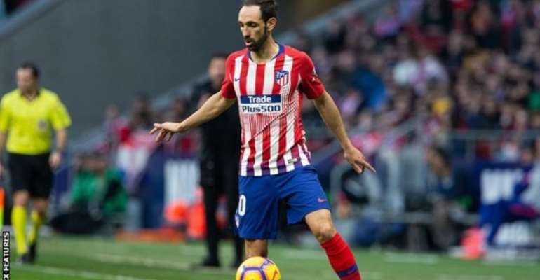Juanfran Signs For Sao Paulo After Leaving Atletico Madrid