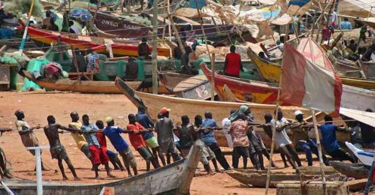 Elmina fishermen apologise for engaging in light fishing; set to meet Hawa Koomson today