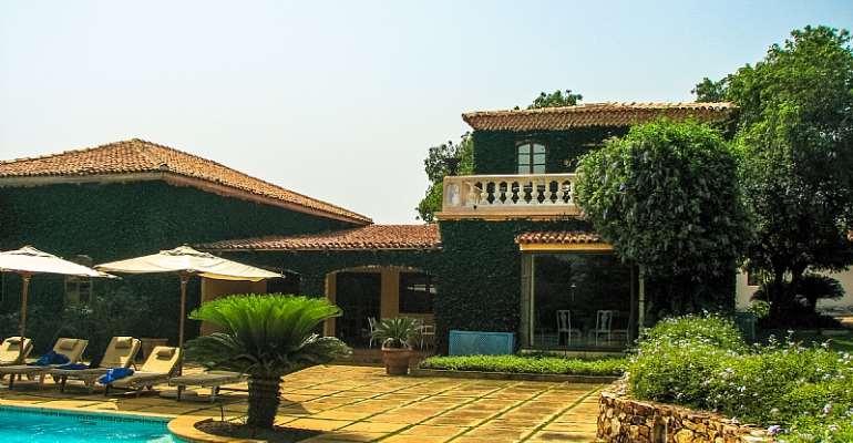 Ghana's real estate boom has focused on luxury housing - Source: