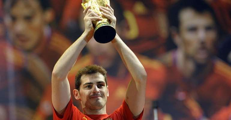Real Madrid legend Iker Casillas says adios to football