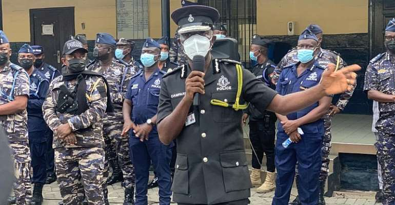Be professional – IGP to officers providing protection at #FixTheCountry demo