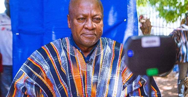 Mahama Gets New Voters' ID Card At Bole [Photos]